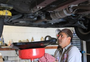 Auto-Repair-Oil-Change-Brake-Repair-Goleta-CA